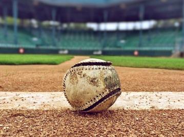 baseball-1091211_640.jpg